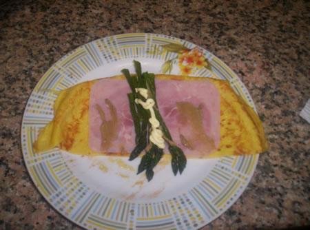 Crespella asparagi, prosciutto cotto e maionese