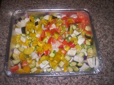 Le verdure miste pronte per essere condite